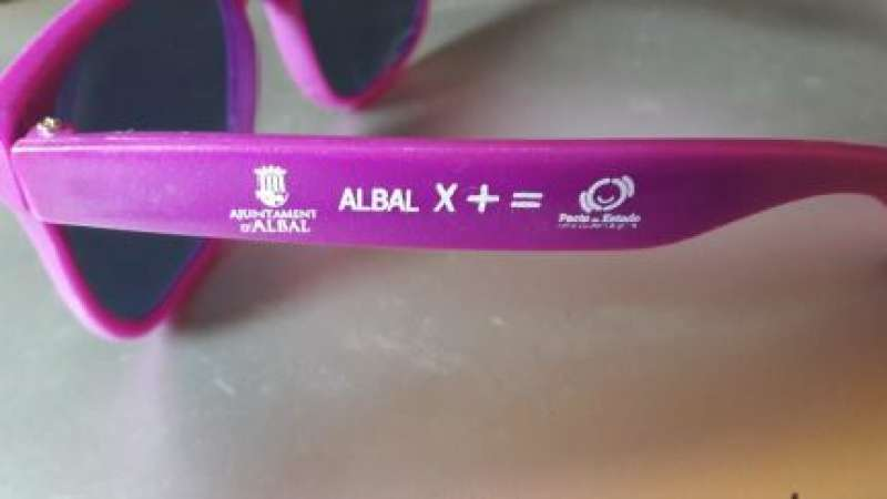 Las gafas repartidas por el Consistorio. EPDA