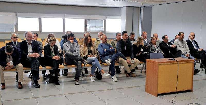 Momento del segundo de los juicios por el desvío de fondos de la Generalitat destinados a proyectos de cooperación internacional en la sección quinta de la Audiencia Provincial de Valencia. EFE/Archivo
