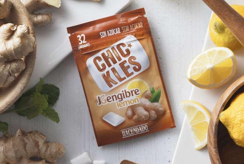 Los Chic kles Jengibre y Limón de Hacendado en el lineal del establecimiento