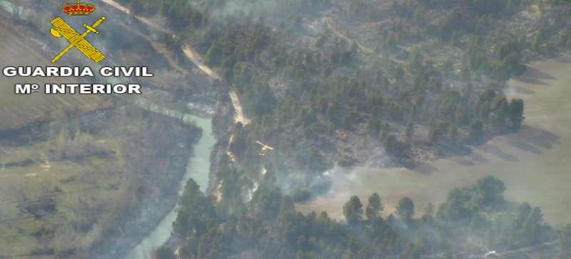 El incendio afectó a 37 hectáreas de monte y bosque de ribera