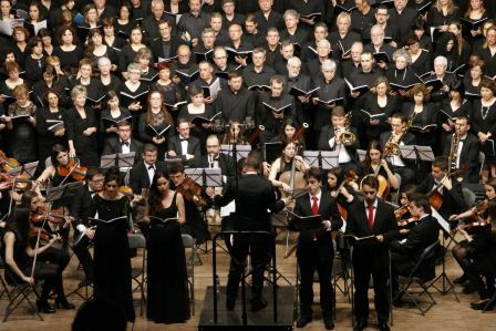 Cerca de 150 personas participaron el pasado domingo en la memorable interpretación del Réquiem de Mozart. FOTO: EPDA.