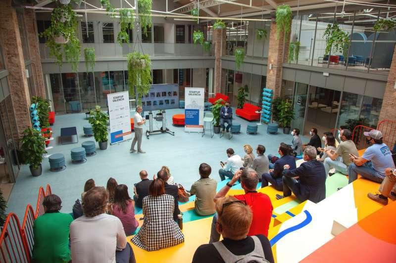 Startup València en un evento. EPDA
