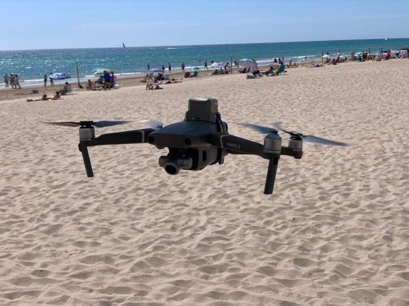 Dron en playas alicantinas / EPDA