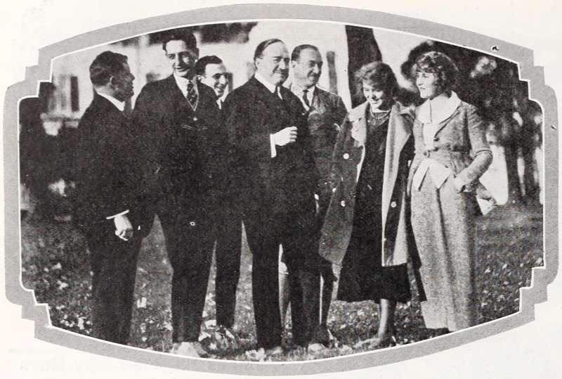 Vicente Blasco Ibáñez y seguidores. EPDA