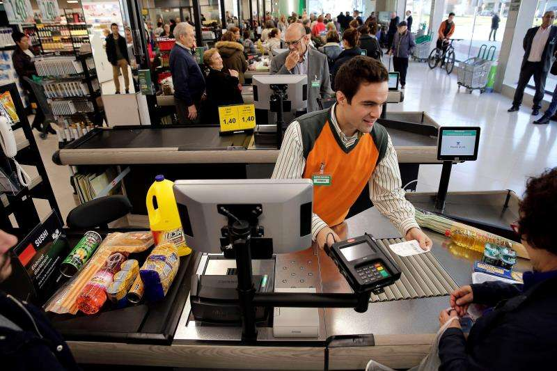 Línea de caja de un supermercado Mercadona. EFE/Archivo