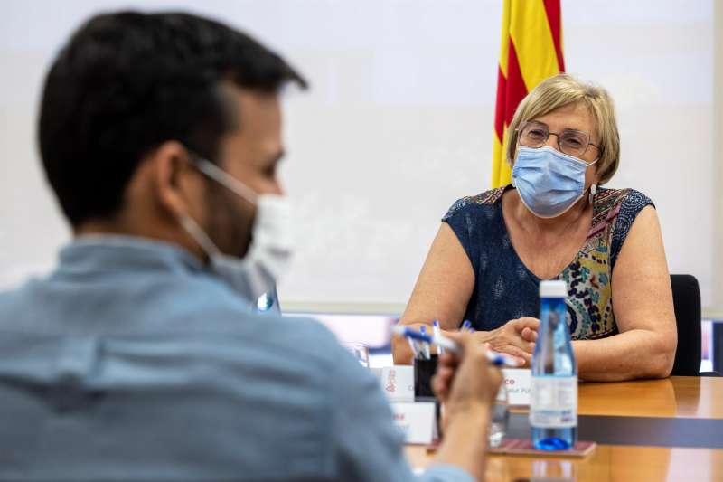 La consellera de Sanidad Universal y Salud Pública, Ana Barceló, con el conseller de Educación, Cultura y Deporte, Vicent Marzà.