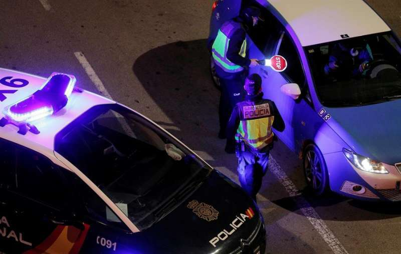 Agente de la Policía. EFE.