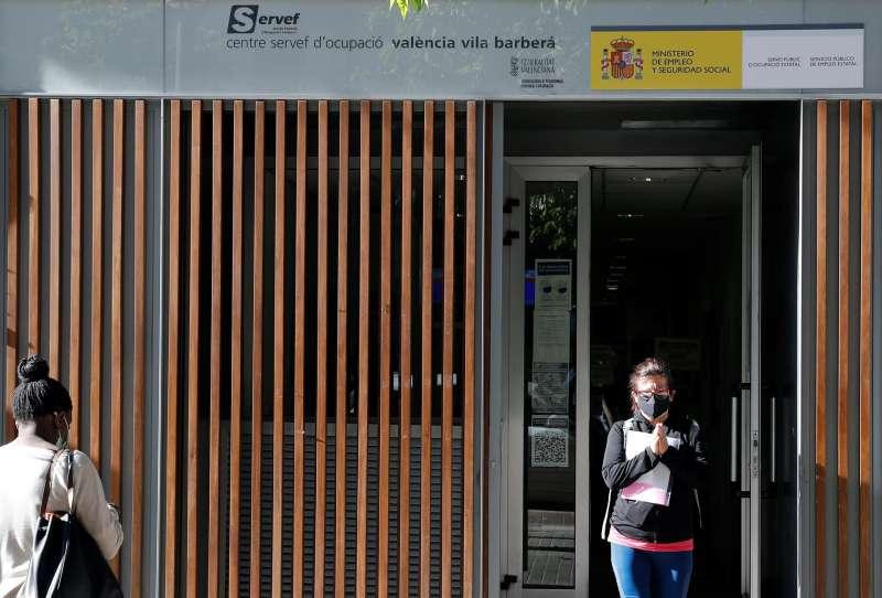 Vista general de una oficina del SERVEF. Archivo/EFE/Manuel Bruque