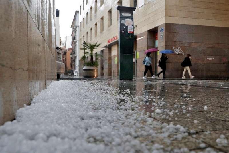 Imagen de archivo de granizo caído en Valencia