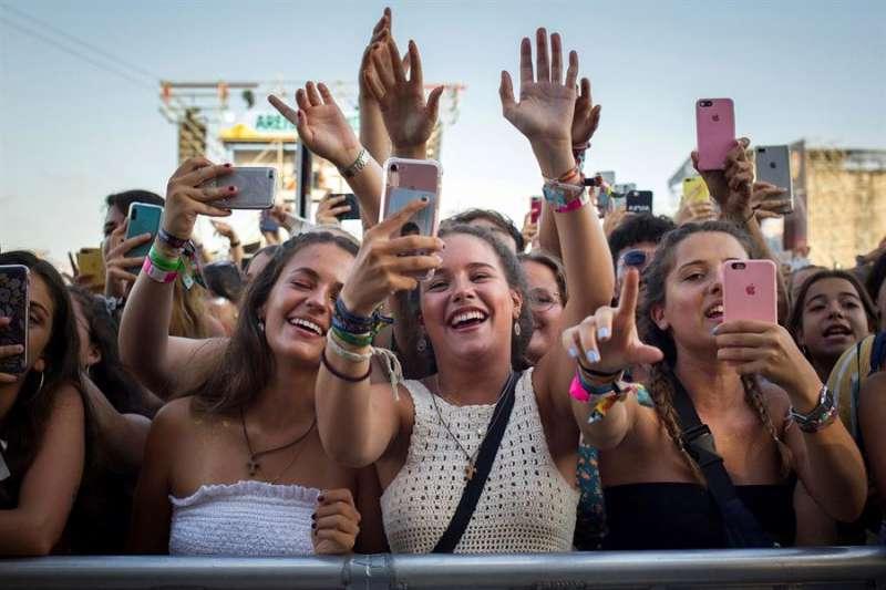 Asistentes a la jornada de clausura del Arenal Sound Festival del año pasado. EFE