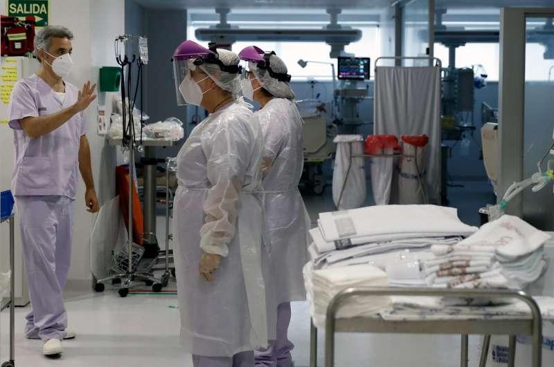 En la imagen,Ricardo Jimeno , jefe clínico de la Unidad de Cuidados Intensivos del Hospital La Fé de Valencia.