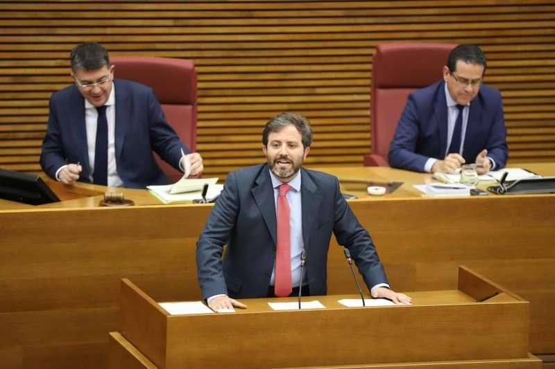 Eduardo del Pozo en las Cortes Valencianas