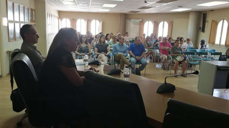 La reunión fue en el salón de actos del Ayuntamiento