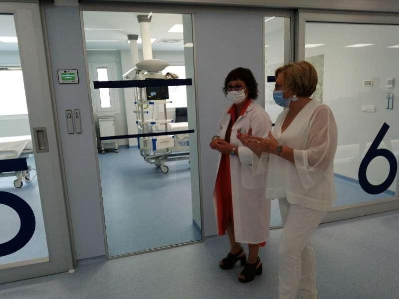 Visita de la consellera de Sanitat, Ana Barceló, al Hospital de Elda. / EPDA